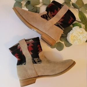 Toms Laurel Tribal dessert suede taupe boots women's size W8